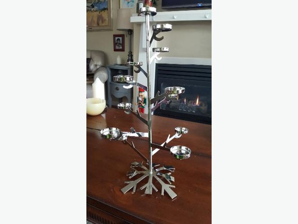 Partylite Silver Snowflake Tealight Tree Centerpiece Brand NEW