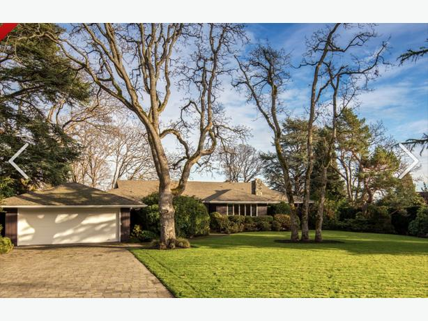 Exclusive Oak Bay House For Rent -Uplands