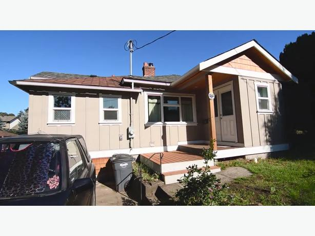 FULL HOUSE DEC1ST, ONLY 10MIN FROM DOWNTOWN, WOOD FIREPLACE, PETS OK