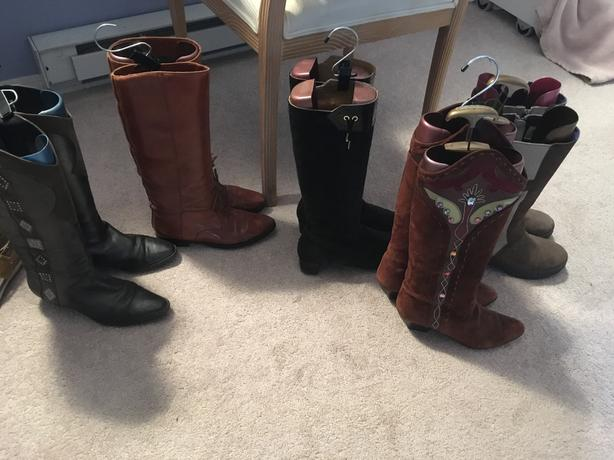 Lots of size 8.5 to size 9 shoes