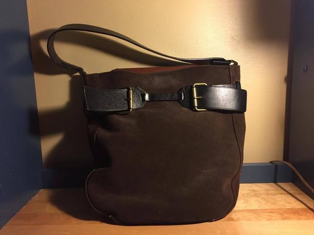 3163391dd6 Danier Genuine Leather Handbag Saanich, Victoria