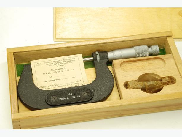 Polish new 50-75 mm micrometer boxed