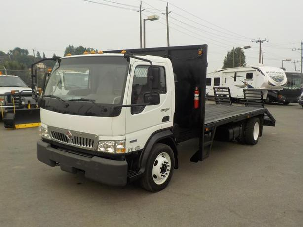 2008 International CF 600 City Star 14 Foot Dually Flat Deck Diesel w/ Ramps