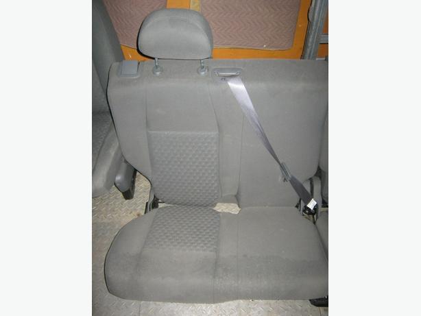 2005 Jeep Cherokee Rear seats