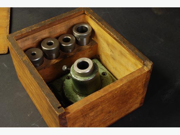 Helvetia endmill grinding fixture