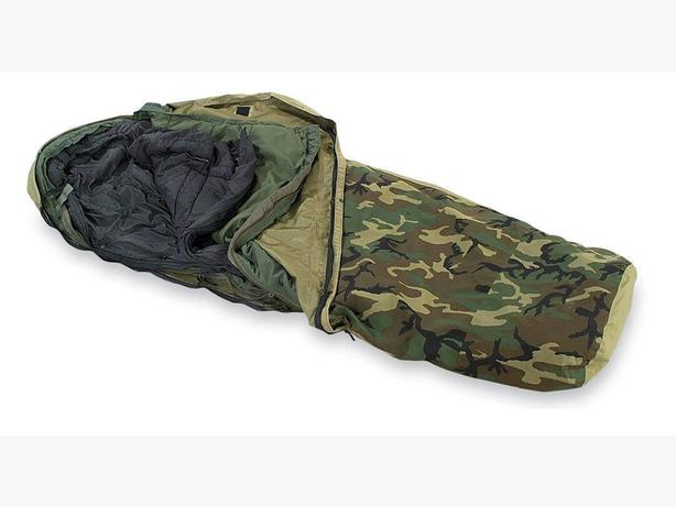 US Military 4pc Modular Sleeping Bag System (-30C) Repaired/Fair Condition