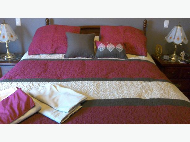 Double / Full bedspread set