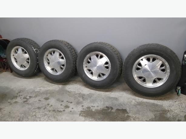 Winter Tires &  Wheels - 225/70R15  5 on 5""