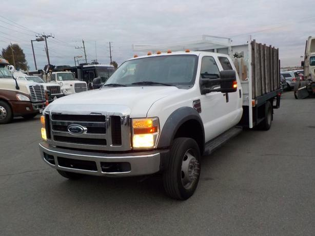 2009 Ford F-550 Flat Deck Diesel Crew Cab 2WD Dually with Power Lift Gate