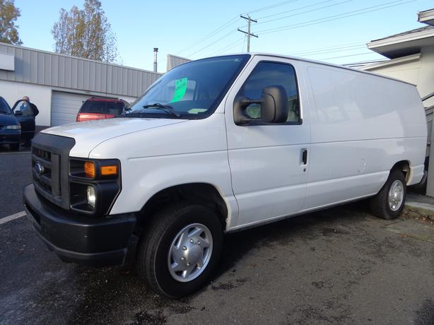 2011 ford e150 cargo van - 134 kms