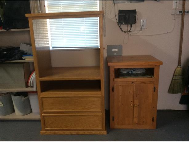 OAK,  Solid Oak Cabinet