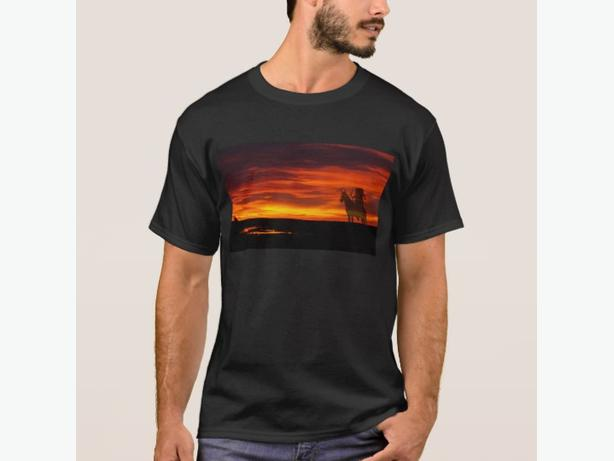GIFT Tshirt, Sunset Indian Shadows