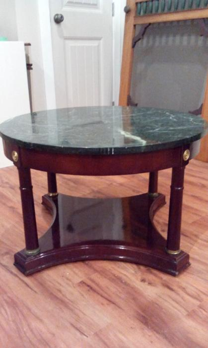 Coffee tables and 2 end tables open to offers east regina for Coffee tables regina