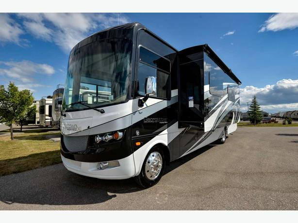 2018 Forest River Georgetown 369XL STOCK # 17104X