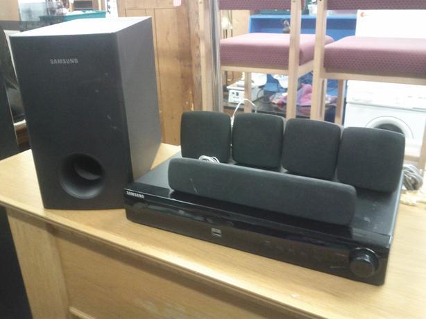DVD/Receiver Surround Sound System
