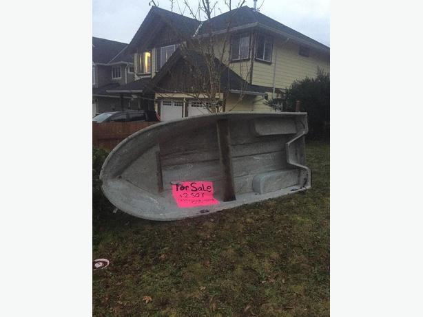 12' Fiberglass Boat