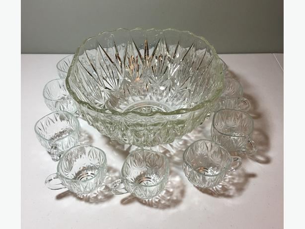 punch bowl , with 12 cups , 1950-1960