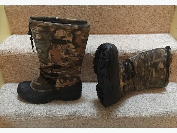 513eeb05a45ad Kamik Camo Winter Hunting Boots Size 10 US Saanich, Victoria