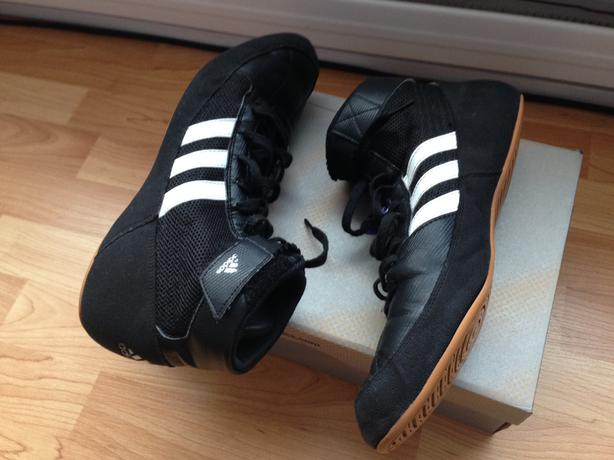 ADIDAS WRESTLING SHOES SIZE 11