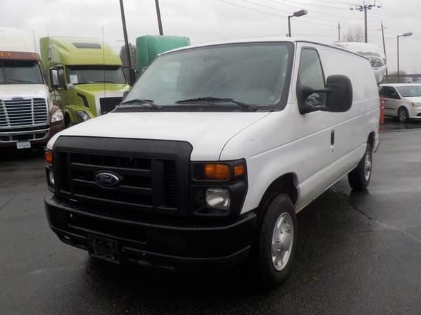 2009 Ford Econoline E-150 Cargo Van