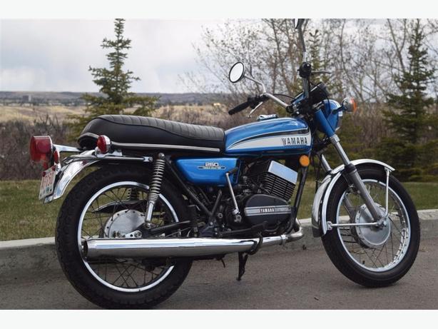 1973 YAMAHA RD 250 COLLECTOR QUALITY 2250 MILES