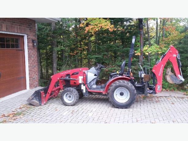 Mahindra 26XL Tractor