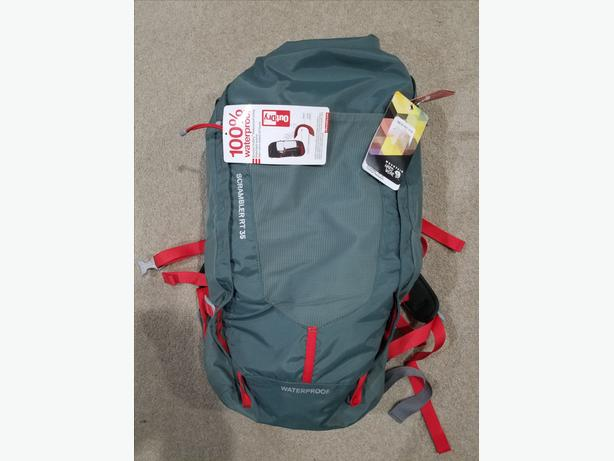 New Mountain Hardwear WaterProof Scrambler RT 35 backpack