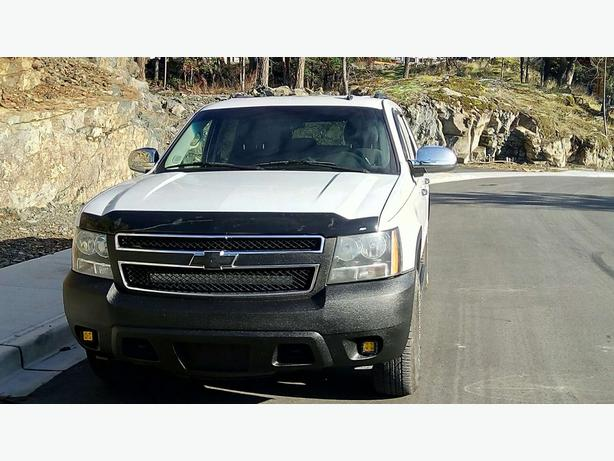 Chevrolet Tahoe LS 4x4, 9 passenger, Save Time, Money and More - Trust Auto