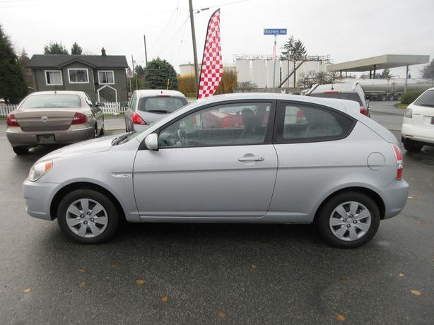 ON SALE! 2010 HYUNDAI ACCENT 1.6L I4-BC ONLY! NO DECS! GAS SAVER!