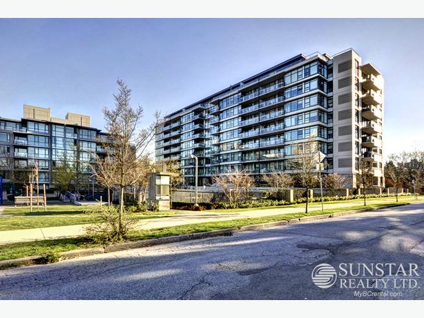 Mount Pleasant 2 Bed 2 Bath Condo by VGH w/ Balcony @ Tapestry