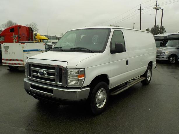 2012 Ford Econoline E-250 Cargo Van with Rear Bulkhead