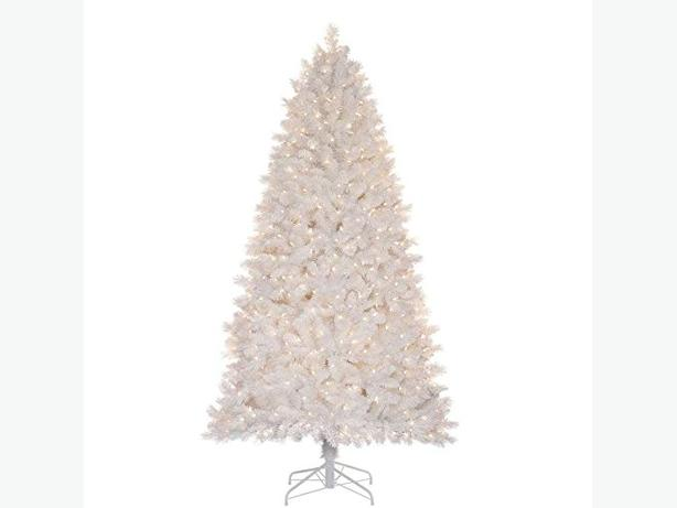 7 Ft White 650 Light Christmas Tree Over 1100 Branch Tips