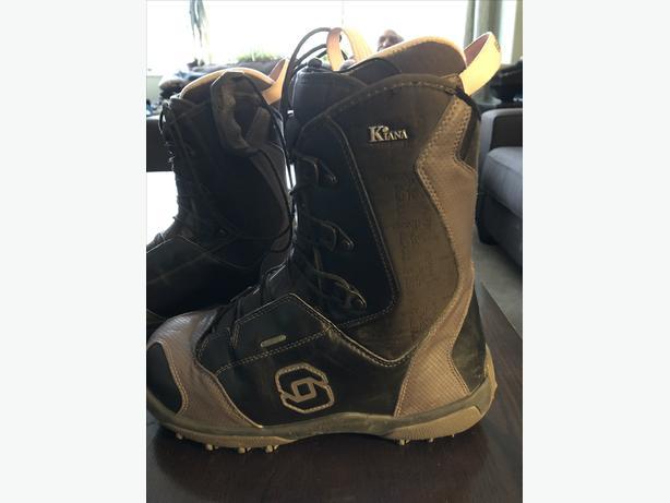 Salomon Kiana women's snowboard boots size 9