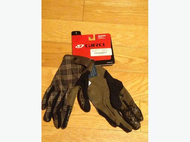 Brand New 1 pair Women's Lg Giro Gilman Full Gloves