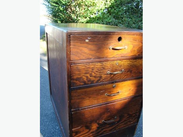 Early 19th Century Oak Drawer Set