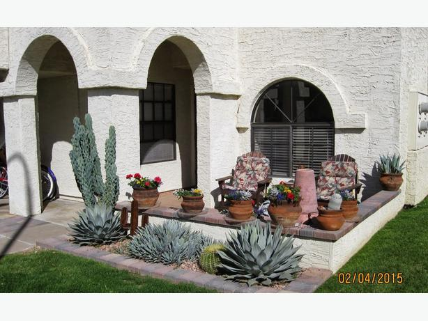 TWO BED PATIO TOWNHOME IN MESA AZ