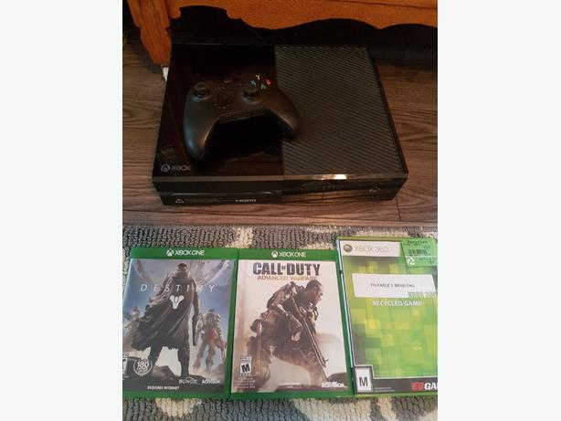 Xbox one with controller and 3 games