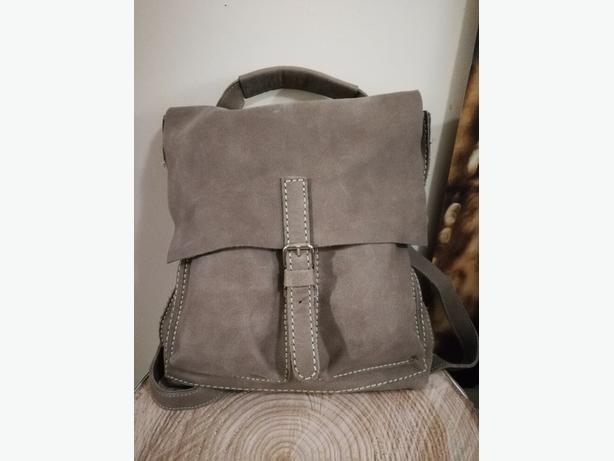 Genuine Roots Small Raiders Pack in Fawn Taupe
