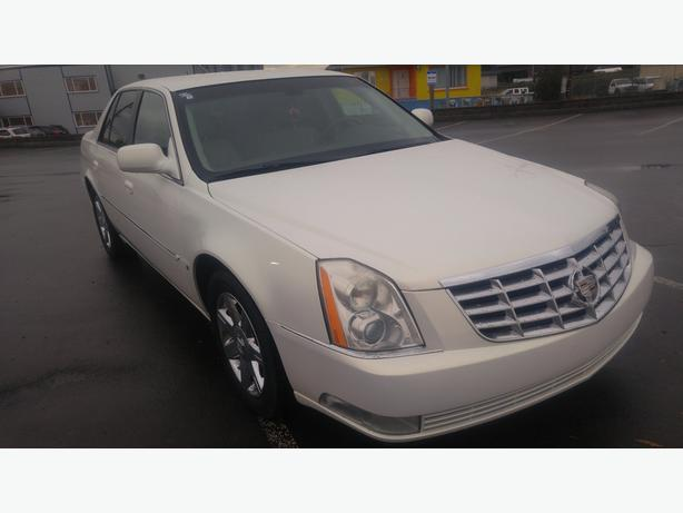 2006 Cadillac DTS - Nicely Loaded - 6 Month Driver's Shield Warranty