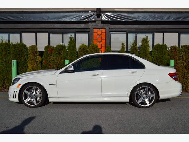 2009 Mercedes Benz C63 AMG // LOW MILEAGE//