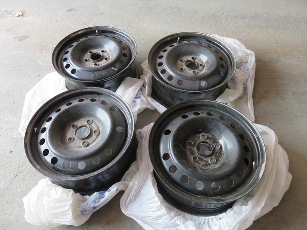 """Winter 17"""" Steel Wheels/Rims"""