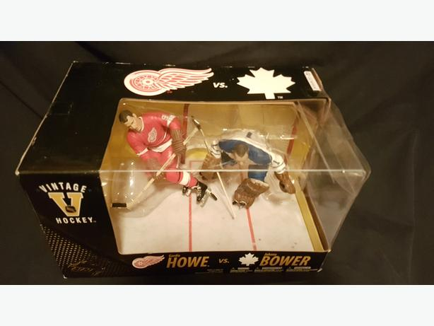 McFarlane Toys - Gordie Howe vs Johnny Bower
