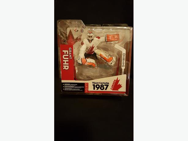 McFarlane Toys - Grant Fuhr Team Canada - Team Canada series