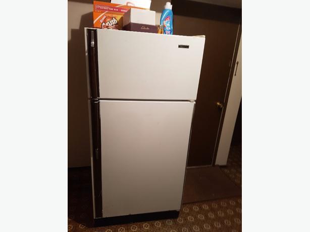 FREE: good old Kenmore fridge