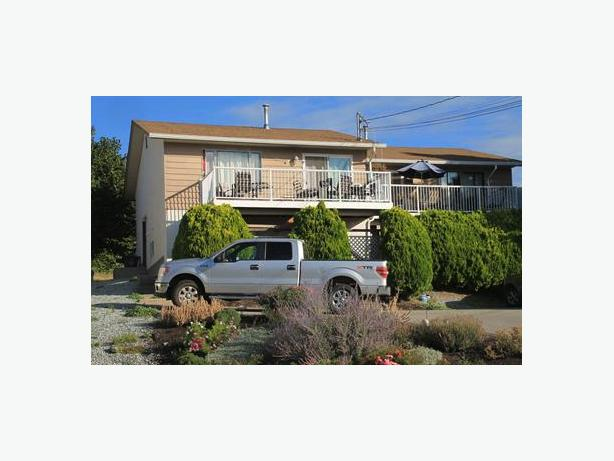 INCOME DUPLEX: $430K/side, $1,600/m income per side