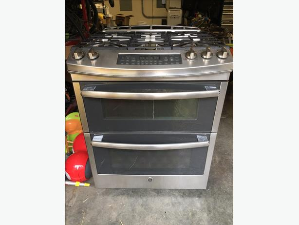 FREE to pickup: Slide-in GE Propane Gas Stove
