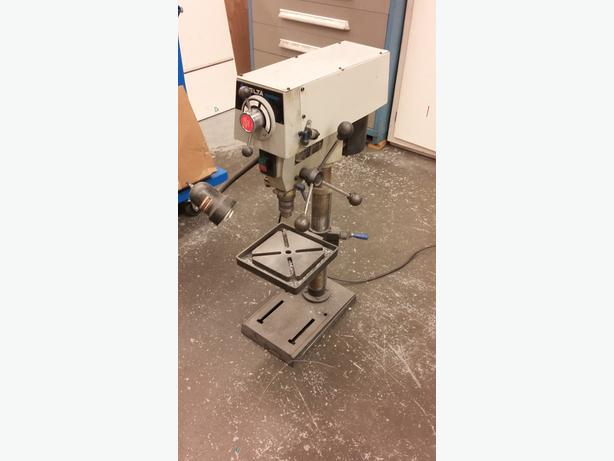 Variable speed 1/2 inch drill press