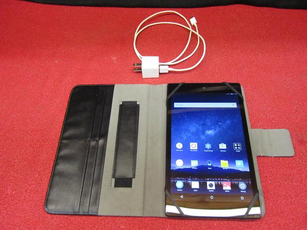 ZTE K85 16 GB 8 inch tablet with cover case and charger