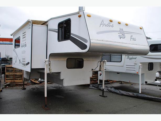 2005 Arctic Fox, Silver Fox, 1150A, truck camper
