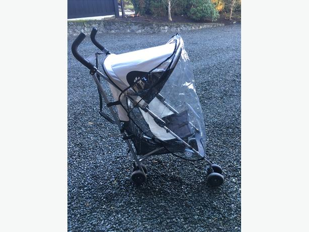 MACLAREN Stroller with rain and sun covers